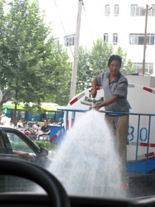 This is how they water plants in Nanjing.