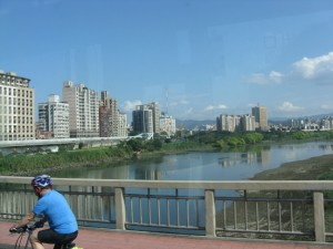 Good Afternoon Yonghe~! What a gorgeous day!